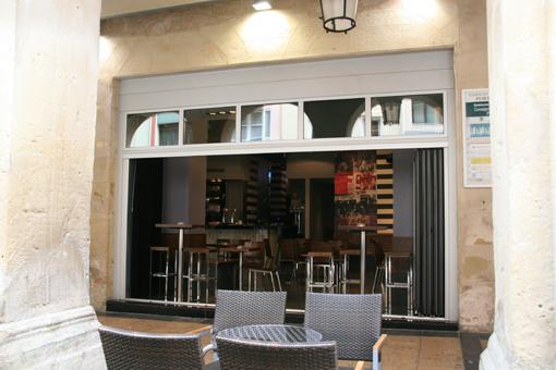 Bar-Cafetería Trasluz